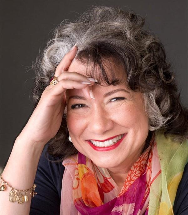 Gina Barreca '79